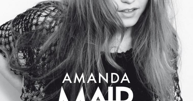 SWEDISH INDIE POP PRINCESS AMANDA MAIR