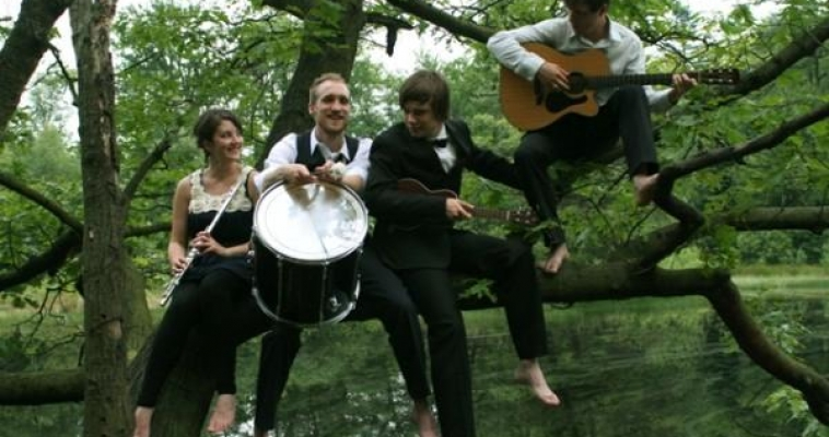 "Jue | Music + Art 2011 presents:Bewitching orchestral dream-pop ""The Black Atlantic"""