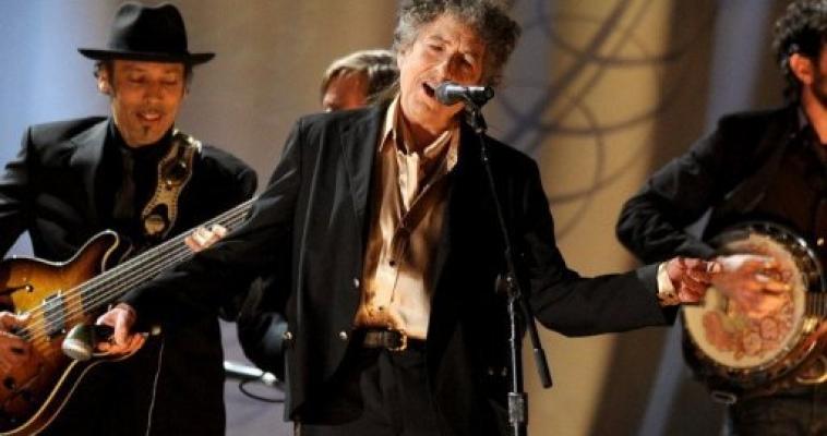 Global rock stars knockin' on China's door again